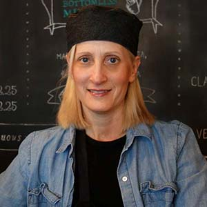 Linda Kindlon '04